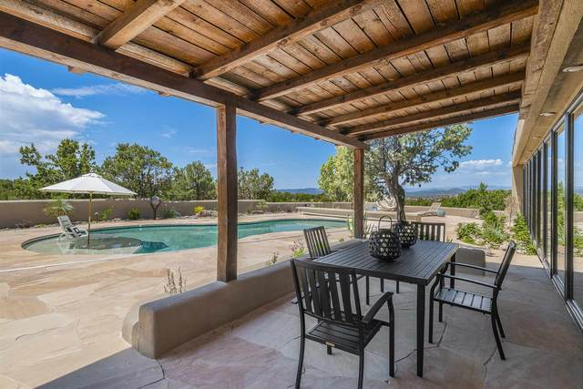 12 Estrada Redonda, Santa Fe, NM 87506 (MLS #202002202) :: Berkshire Hathaway HomeServices Santa Fe Real Estate