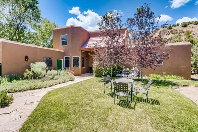 148 Valley Drive, Santa Fe, NM 87501 (MLS #202002249) :: The Very Best of Santa Fe