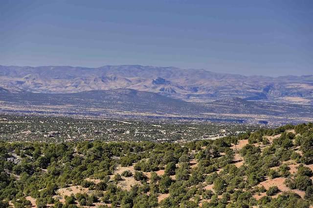 1084 S Summit Ridge Lot 1, Santa Fe, NM 87501 (MLS #202002277) :: Stephanie Hamilton Real Estate