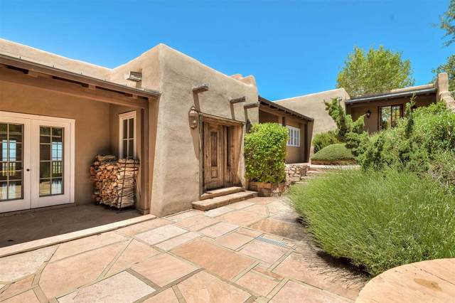 751 Canada Ancha, Santa Fe, NM 87501 (MLS #202002307) :: Berkshire Hathaway HomeServices Santa Fe Real Estate