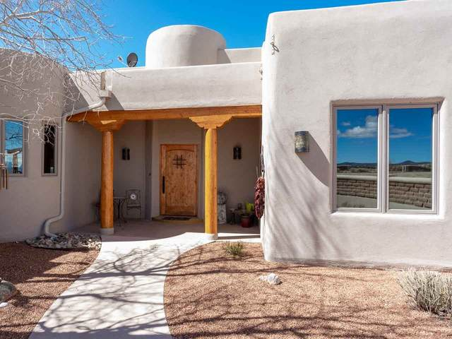 5 Cielo Tranquilo, Santa Fe, NM 87508 (MLS #202002310) :: The Desmond Hamilton Group