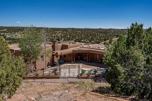 19 Horcado Ranch Road, Santa Fe, NM 87506 (MLS #202002314) :: The Desmond Hamilton Group