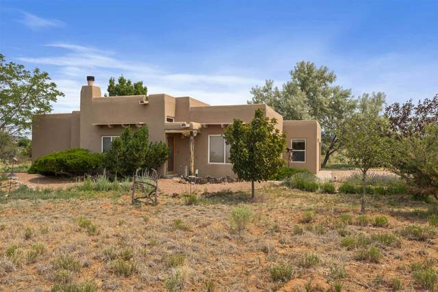 11 Glorieta, Santa Fe, NM 87508 (MLS #202002319) :: The Desmond Hamilton Group