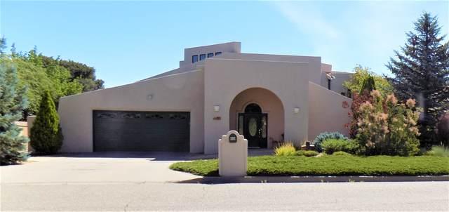 393 Richard Court, Los Alamos, NM 87544 (MLS #202002324) :: The Very Best of Santa Fe