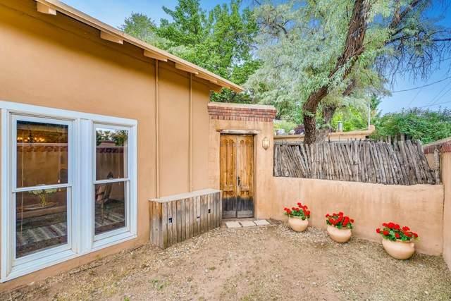 408 & 408 1/2 Arroyo Tenorio, Santa Fe, NM 87505 (MLS #202002336) :: The Very Best of Santa Fe
