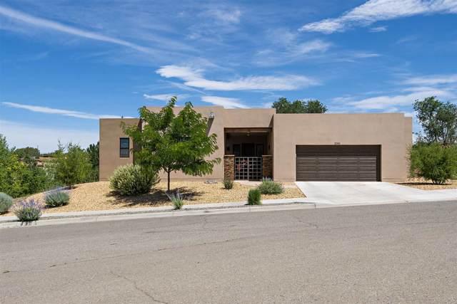 2361 Brunn School, Santa Fe, NM 87505 (MLS #202002469) :: The Very Best of Santa Fe