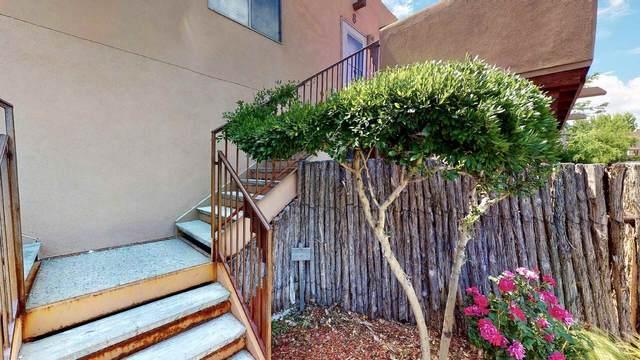3300 Rufina C-8, Santa Fe, NM 87507 (MLS #202002472) :: The Very Best of Santa Fe