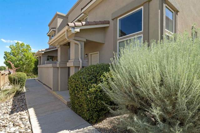 4532-A Santa Elena, Santa Fe, NM 87507 (MLS #202002528) :: The Desmond Hamilton Group