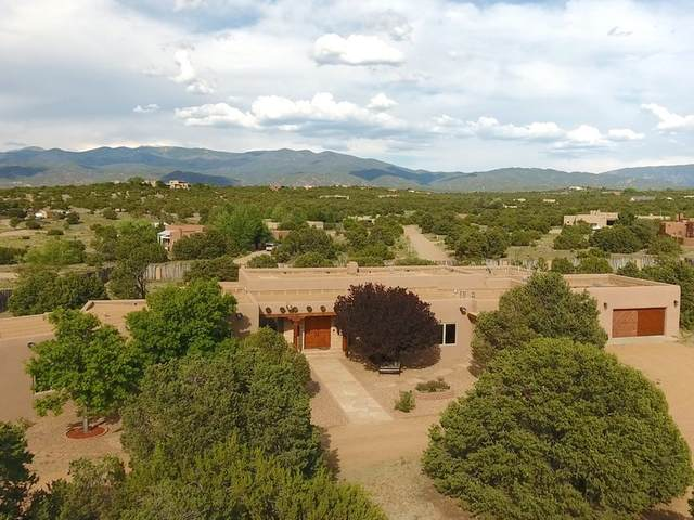 34 Camino Don Patron, Santa Fe, NM 87506 (MLS #202002540) :: The Very Best of Santa Fe