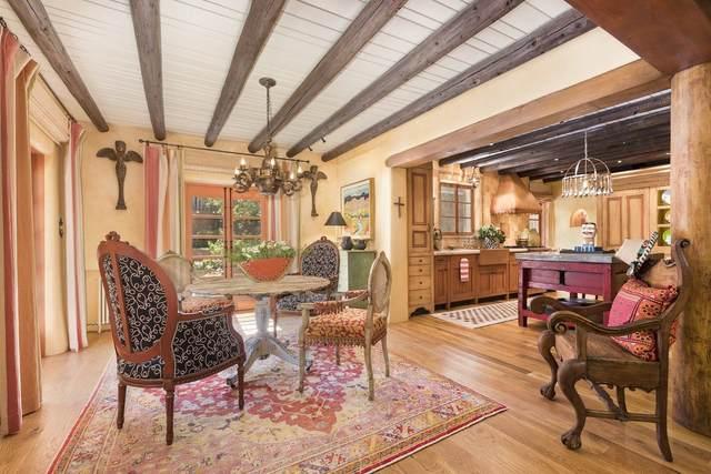 445 Camino Monte Vista, Santa Fe, NM 87505 (MLS #202002568) :: The Very Best of Santa Fe