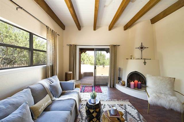 151 Gonzales Rd #10, Santa Fe, NM 87501 (MLS #202002575) :: The Very Best of Santa Fe