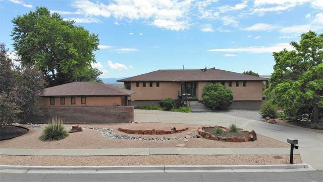 106 Glenview Dr, Los Alamos, NM 87547 (MLS #202002593) :: The Desmond Hamilton Group