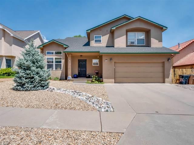 936 Estates Dr, Los Alamos, NM 87544 (MLS #202002594) :: The Desmond Hamilton Group