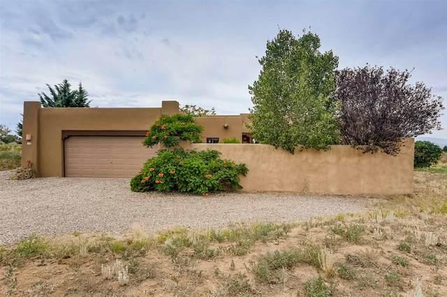 12 Juego Rd, Santa Fe, NM 87508 (MLS #202002739) :: The Desmond Hamilton Group