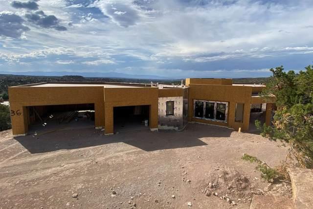 36 Lodge Circle, Santa Fe, NM 87506 (MLS #202002741) :: The Desmond Hamilton Group