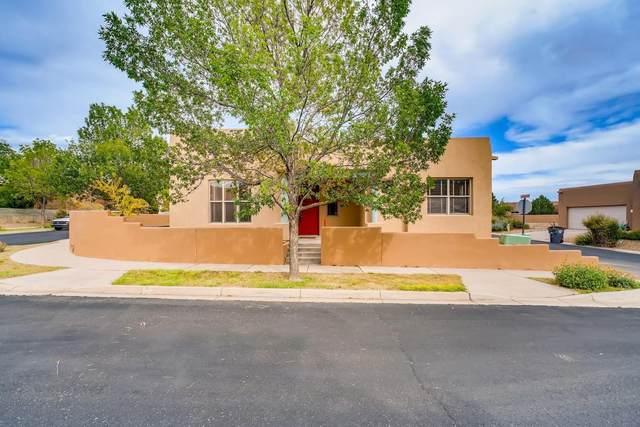 1 Woodflower Place, Santa Fe, NM 87508 (MLS #202002833) :: The Very Best of Santa Fe