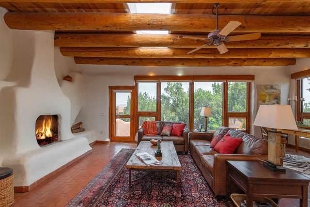 111 Silver Hills Road, Santa Fe, NM 87508 (MLS #202002853) :: The Very Best of Santa Fe