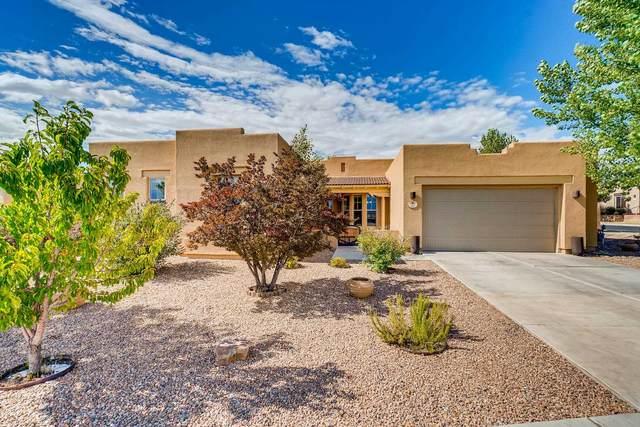82 E Saddleback Mesa, Santa Fe, NM 87508 (MLS #202002879) :: The Very Best of Santa Fe