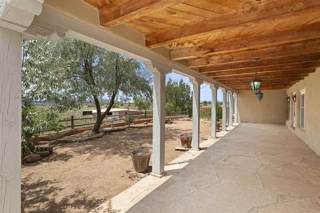 53 Rons Rd, Santa Fe, NM 87508 (MLS #202002916) :: The Very Best of Santa Fe
