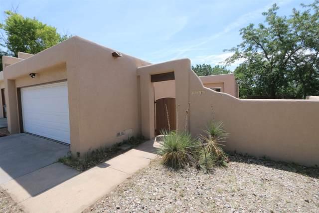 2516 Calle De Rincon Bonito, Santa Fe, NM 87505 (MLS #202003012) :: The Desmond Hamilton Group