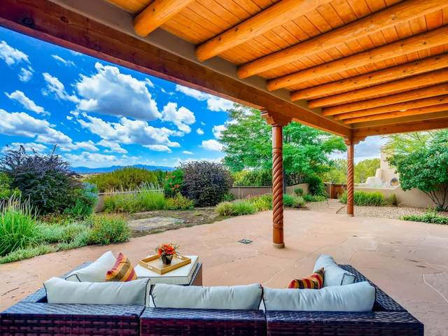 34 Cerro Blanco, Santa Fe, NM 87540 (MLS #202003014) :: The Very Best of Santa Fe