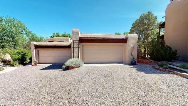 680 La Viveza Ct., Santa Fe, NM 87501 (MLS #202003044) :: The Desmond Hamilton Group