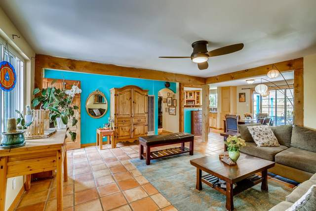 114 Cedar St., Santa Fe, NM 87501 (MLS #202003048) :: The Very Best of Santa Fe