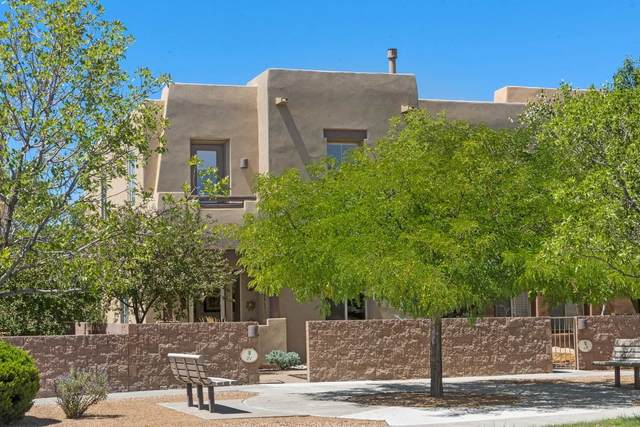 21 E Saddleback Mesa, Santa Fe, NM 87508 (MLS #202003059) :: The Very Best of Santa Fe