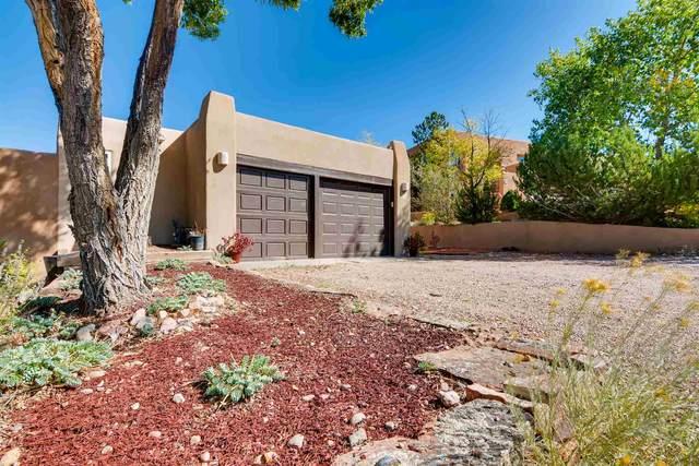255 Camino De La Sierra, Santa Fe, NM 87501 (MLS #202003082) :: The Very Best of Santa Fe