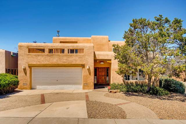 3208 Nizhoni, Santa Fe, NM 87507 (MLS #202003100) :: Berkshire Hathaway HomeServices Santa Fe Real Estate