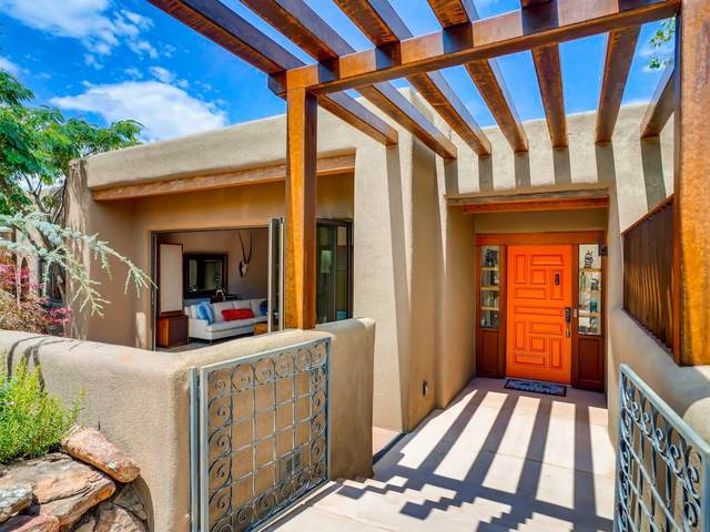 155 Tano Road, Santa Fe, NM 87506 (MLS #202003130) :: The Very Best of Santa Fe