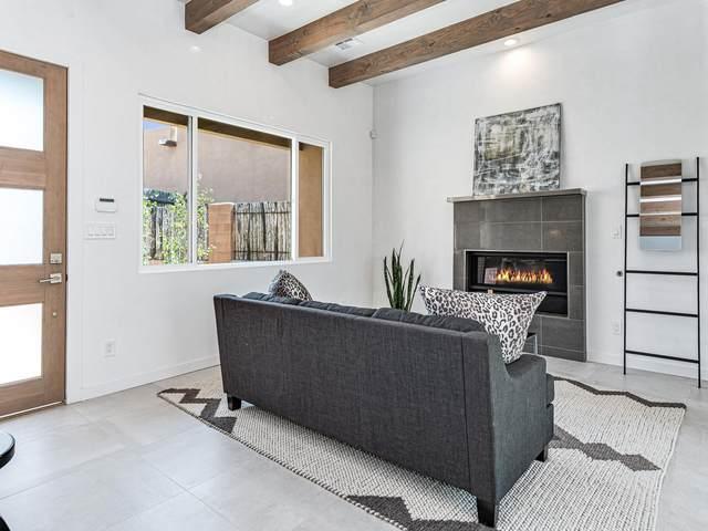 458 Calle Redondo, Santa Fe, NM 87505 (MLS #202003132) :: The Desmond Hamilton Group