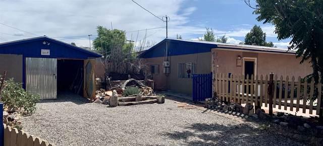 209 S Coronado, Espanola, NM 87532 (MLS #202003311) :: Berkshire Hathaway HomeServices Santa Fe Real Estate