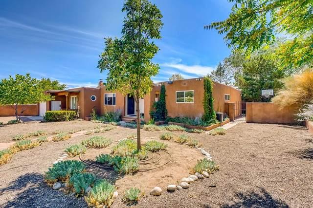 848 Rio Vista, Santa Fe, NM 87501 (MLS #202003335) :: Berkshire Hathaway HomeServices Santa Fe Real Estate