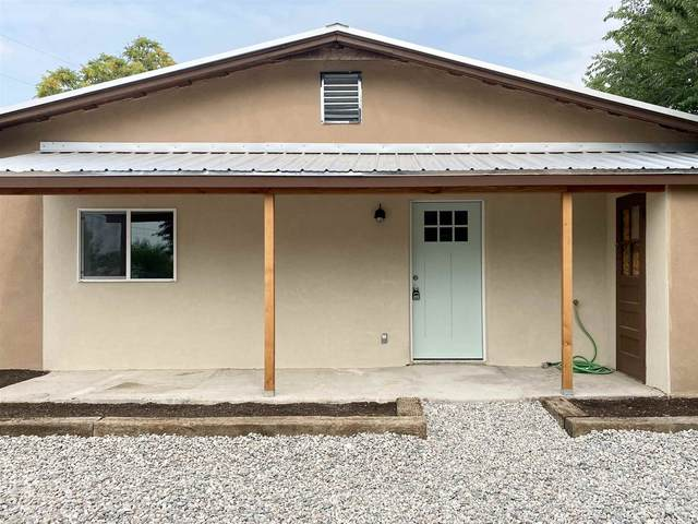 2212 N Riverside Dr., Espanola, NM 87532 (MLS #202003419) :: Berkshire Hathaway HomeServices Santa Fe Real Estate