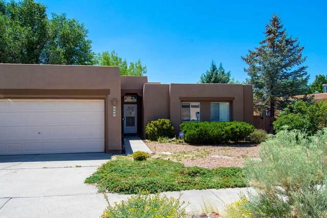1930 Morris Pl, Santa Fe, NM 87505 (MLS #202003421) :: Berkshire Hathaway HomeServices Santa Fe Real Estate
