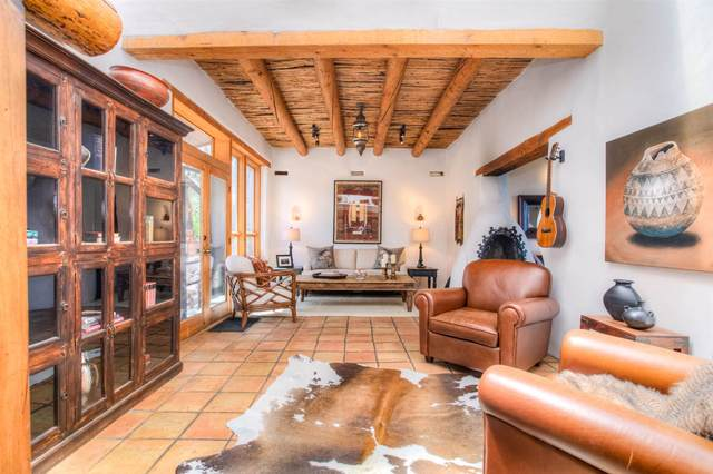 81 Tano West, Santa Fe, NM 87506 (MLS #202003430) :: Berkshire Hathaway HomeServices Santa Fe Real Estate