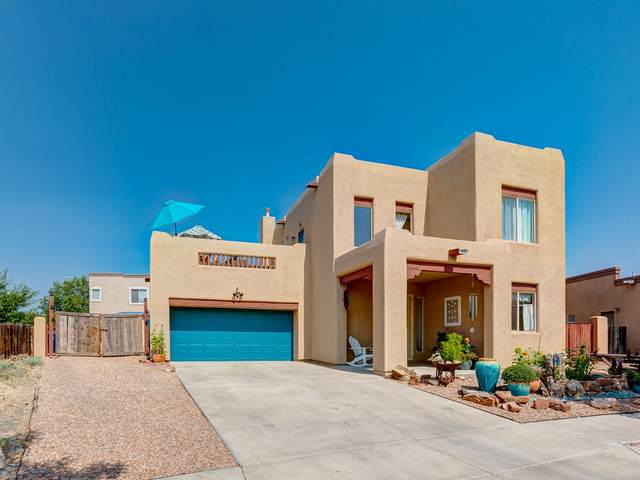 4755 Highlands Loop, Santa Fe, NM 87507 (MLS #202003460) :: The Very Best of Santa Fe