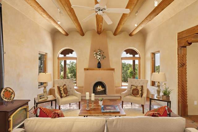 5 Dulce Road, Santa Fe, NM 87508 (MLS #202003461) :: Berkshire Hathaway HomeServices Santa Fe Real Estate