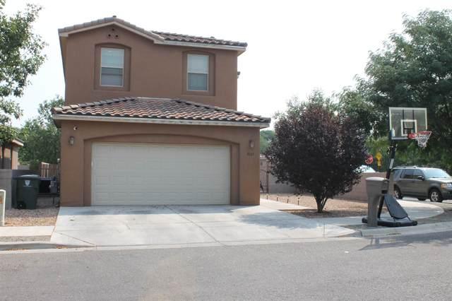 5327 Joshua Ln, Santa Fe, NM 87507 (MLS #202003502) :: Berkshire Hathaway HomeServices Santa Fe Real Estate
