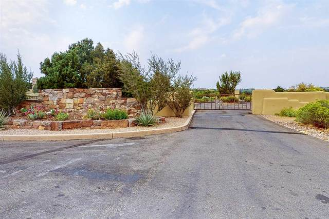 149 Graythorn, Santa Fe, NM 87506 (MLS #202003503) :: Stephanie Hamilton Real Estate