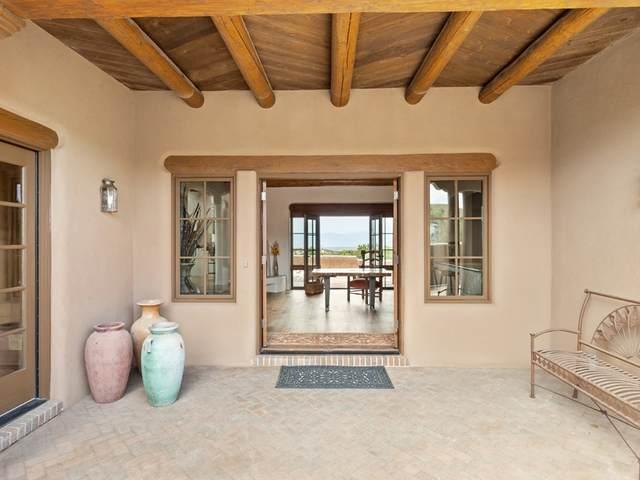 103 A Estrellas De Tano, Santa Fe, NM 87506 (MLS #202003658) :: Summit Group Real Estate Professionals