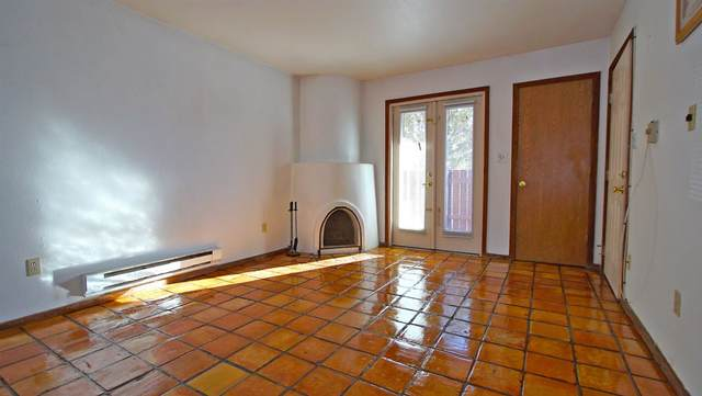 2600 W Zia Road D-3, Santa Fe, NM 87505 (MLS #202003727) :: Berkshire Hathaway HomeServices Santa Fe Real Estate
