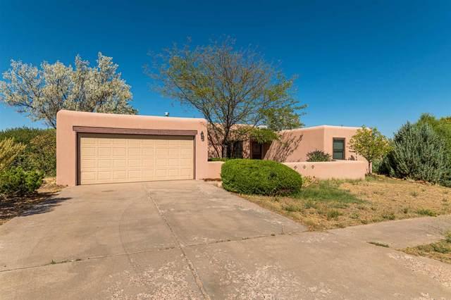 2242 Calle Cacique, Santa Fe, NM 87505 (MLS #202003728) :: Berkshire Hathaway HomeServices Santa Fe Real Estate