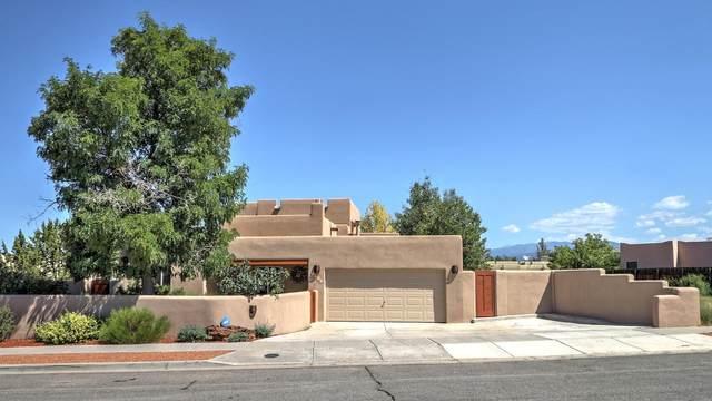 3064 Pueblo Puye, Santa Fe, NM 87507 (MLS #202003733) :: Berkshire Hathaway HomeServices Santa Fe Real Estate