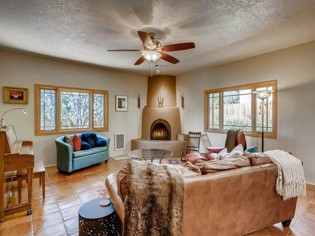 255 Loma Entrada, Santa Fe, NM 87501 (MLS #202003741) :: Stephanie Hamilton Real Estate