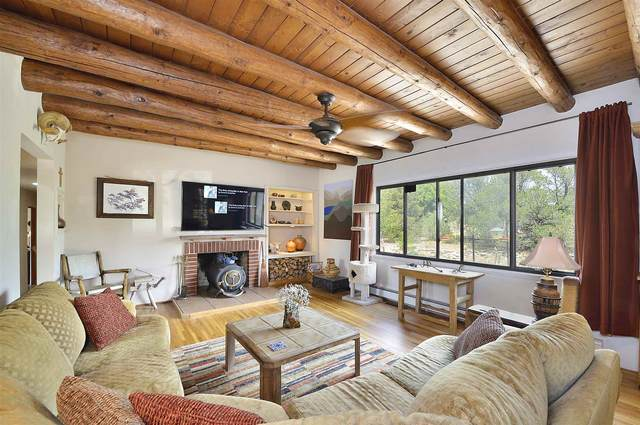 509 E Barcelona Rd, Santa Fe, NM 87505 (MLS #202003754) :: Stephanie Hamilton Real Estate