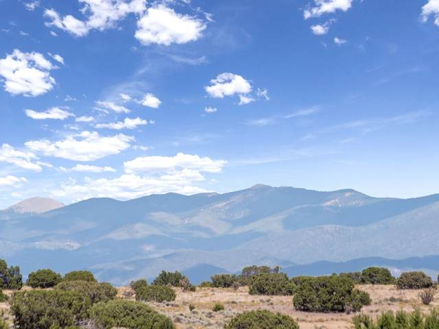 10 Lewis Ln, Santa Fe, NM 87508 (MLS #202003776) :: Berkshire Hathaway HomeServices Santa Fe Real Estate