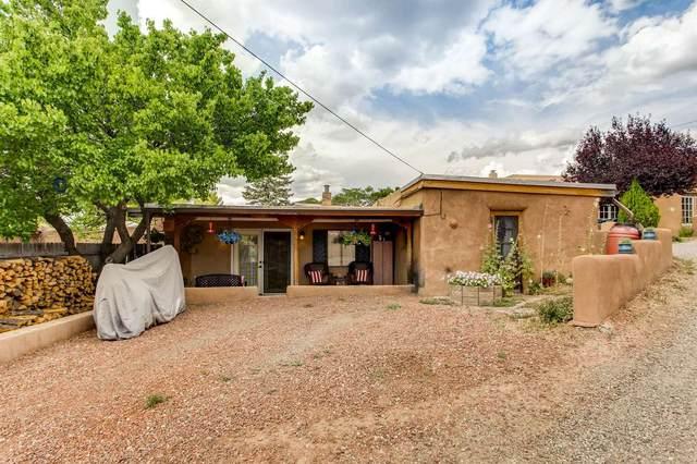 5 Montoya Circle, Santa Fe, NM 87501 (MLS #202003780) :: Berkshire Hathaway HomeServices Santa Fe Real Estate