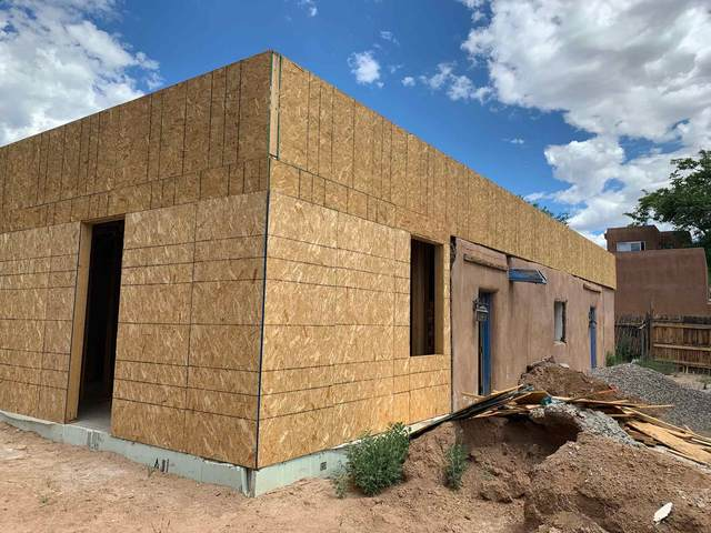 1017 Dunlap Street, Santa Fe, NM 87501 (MLS #202003786) :: Summit Group Real Estate Professionals
